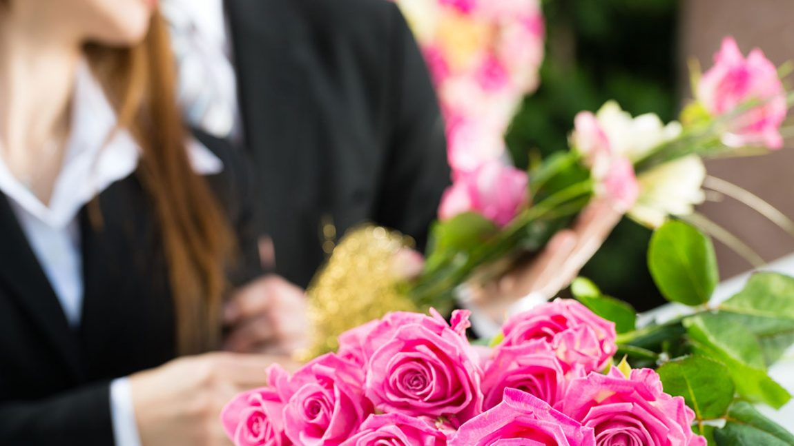 What to Bring to the Funeral Home