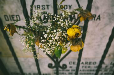 Appropriate Songs to Play at a Loved One's Funeral