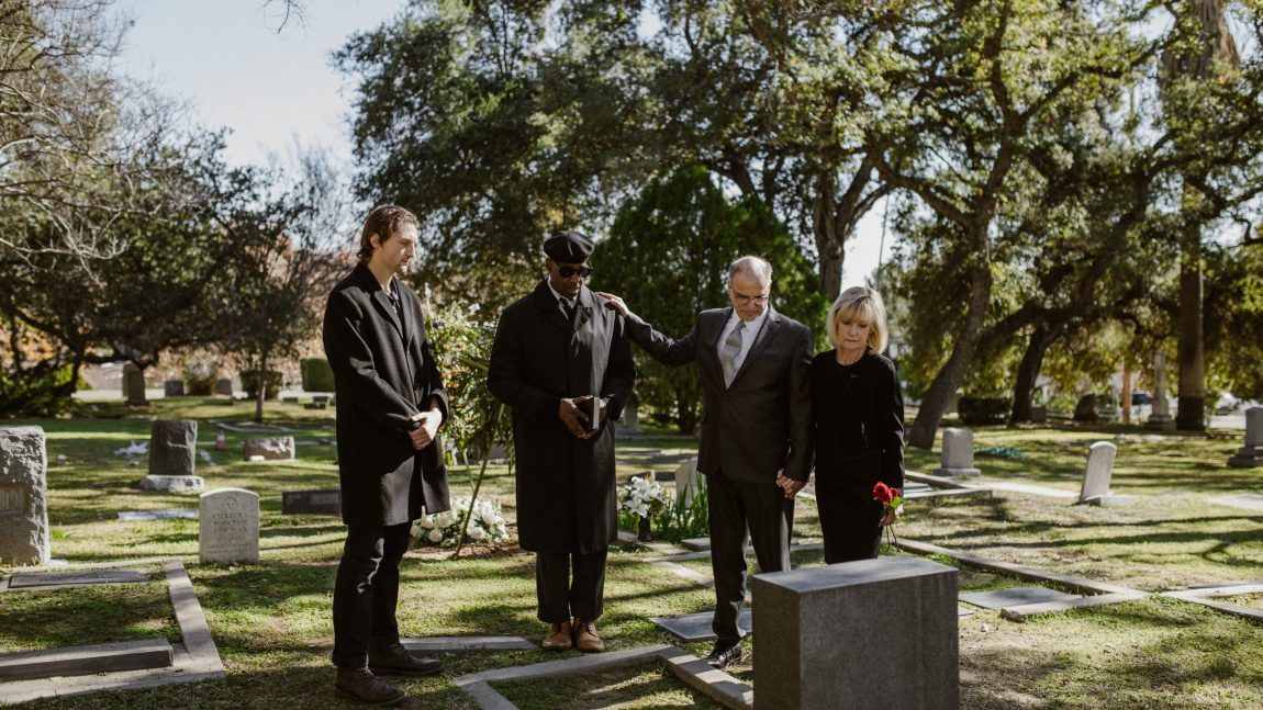 4 Things to Keep in Mind When Making Funeral Arrangements