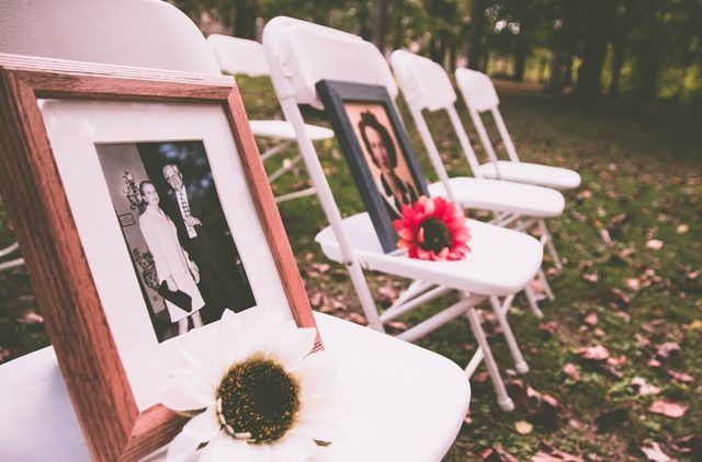 Sending off Your Loved One: How to Plan a Memorial Service