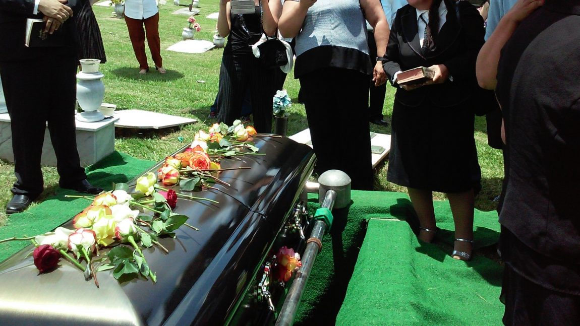 What You Need to Know about Natural Burials – An Overview