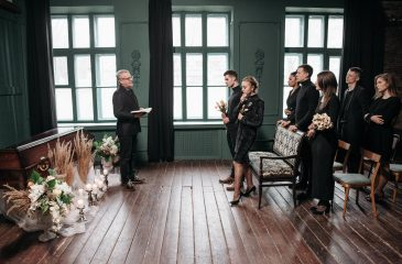 What to Wear to a Funeral: Everything You Need to Know
